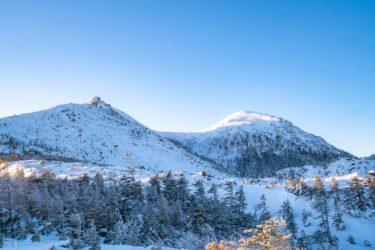 厳冬期の八ヶ岳の天狗岳で登山キャンプ